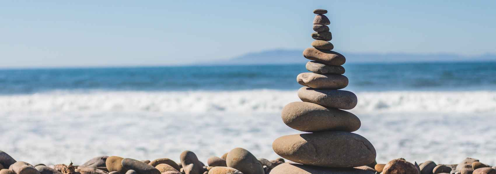 Balance Between Traditional and Modern Selling